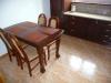 Stół drewniany w kuchni
